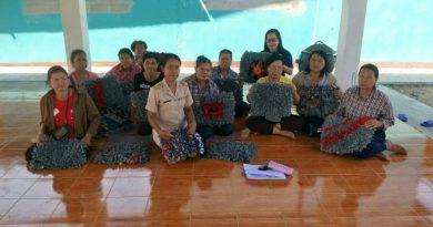 โครงการศูนย์ฝึกอาชีพชุมชน(พัฒนาอาชีพระยะสั้น)วิชาการทำพรมเช็ดเท้า